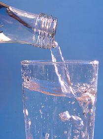 Water_MineralWater_Wikimedia