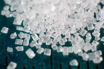 800px-Sugar_2xmacro