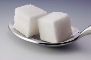 lumps-of-sugar-on-a-spoon